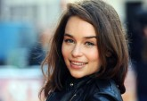 "Emilia Clarke, A Jovem Dama Da Moda E De ""Game Of Thrones"""